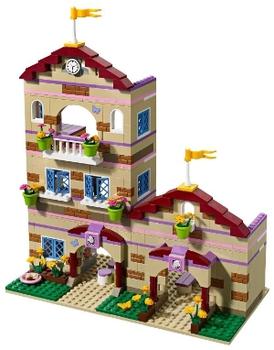 LEGO Friends Школа верховой езды